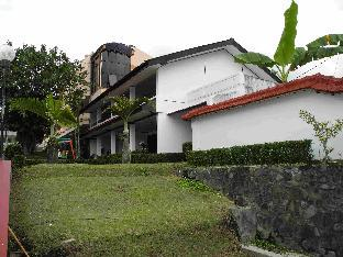 Aster Hotel & Restaurant