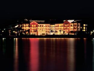 Langkawi Lagoon Resort Langkawi - Night View