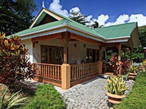 Casa De Leela Self Catering Bungalows & Apartments Beach Resort Deals