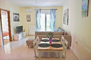 alex apartment 30m from the central beach
