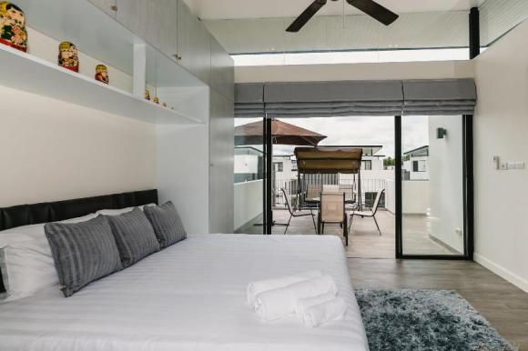 Comfortable 3 BD propery in Laguna (65/5)