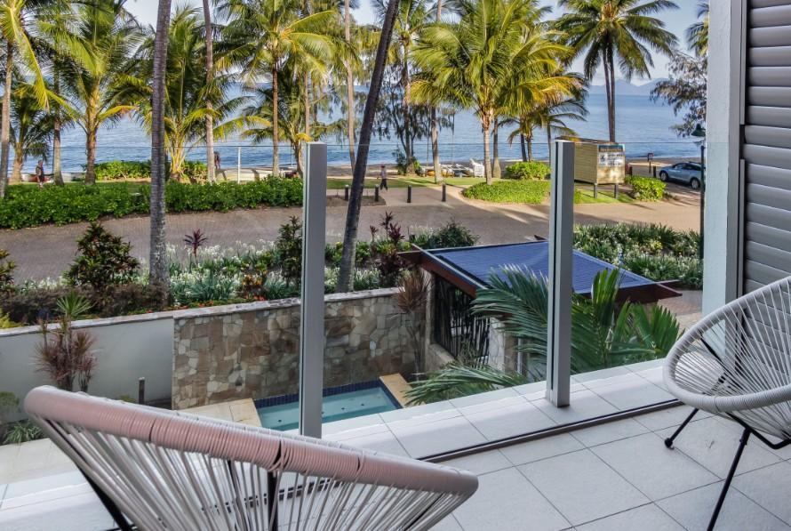 Island Views Seven - 3 Bedroom Apartment Cairns Australia