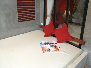 Lanta Sand Resort & Spa guestroom junior suite