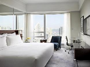 Langham Place Mongkok Hotel guestroom junior suite