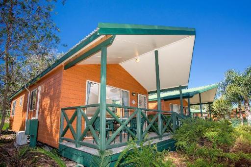 Best PayPal Hotel in ➦ Moruya: Luhana Motel