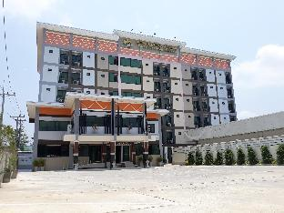 Phetlada Pavilion & Resort