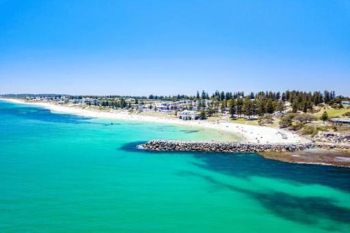 Best guest rating in Cottesloe ➦  takes PayPal