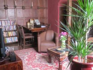 The Old Gallery and Chamber Apartments York - Interior