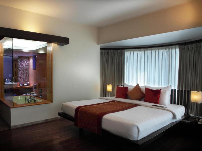ザ ミラドール ホテル
