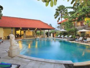 Adhi Jaya Hotel Bali - Swimming Pool
