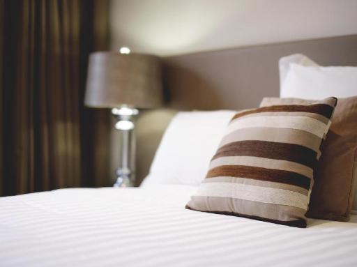 Best guest rating in Mornington Peninsula ➦ Fairways Resort takes PayPal