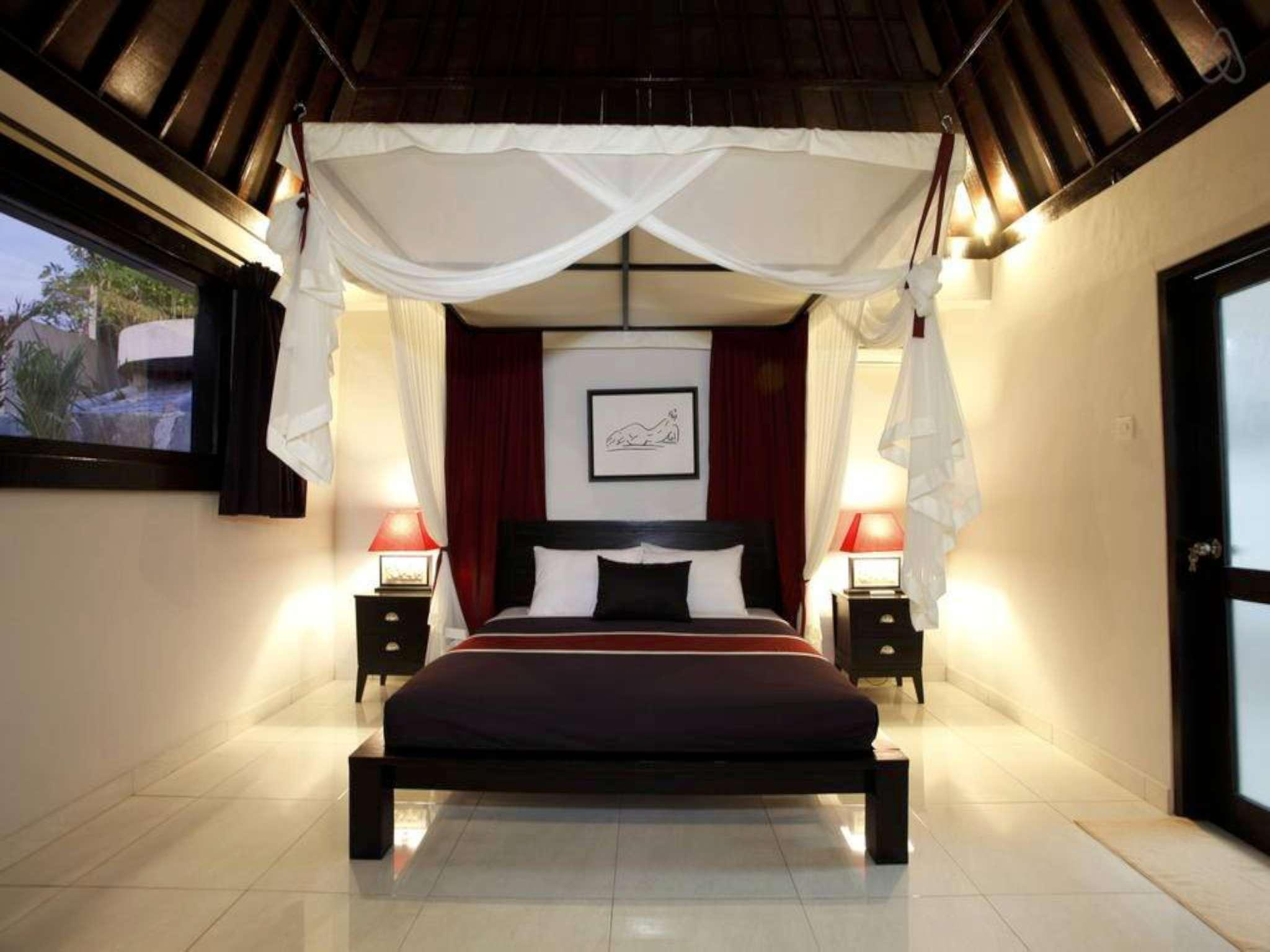2BDR Villa With Private Pool Close Seminyak Beach