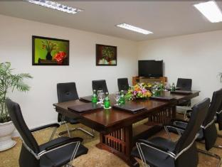 First Hotel Ho Chi Minh City - Meeting Room