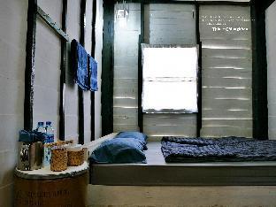 Mae Nam Mee Kang Guesthouse guestroom junior suite