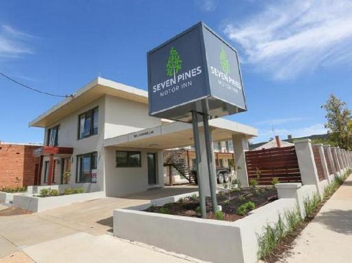 Seven Pines Motor Inn Mildura takes PayPal
