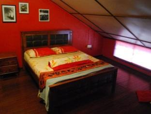 Threehouse Bed and Breakfast Kuching - अतिथि कक्ष