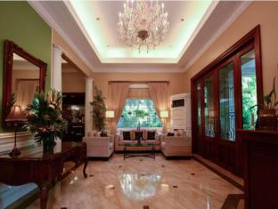 Orchid Garden Suites Manila - Lobby