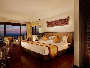 Rawi Warin Resort & Spa guestroom junior suite