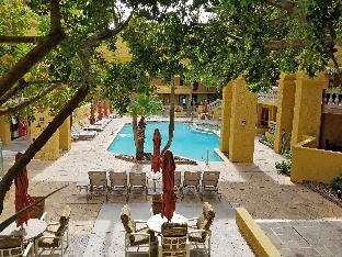 room of Pointe Hilton Tapatio Cliffs Resort