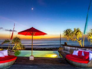 The Palms Ceningan Hotel Bali - Nusa Ceningan Sunset