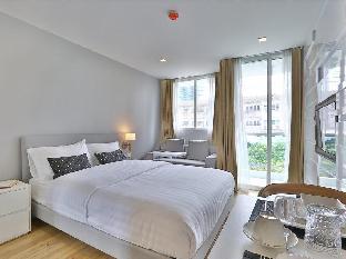 United Residence Ekamai Bangkok guestroom junior suite