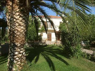 Nadia Apartments