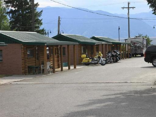 Paypal Hotels In Ennis Mt Montana The Sportsmans Lodge Guest