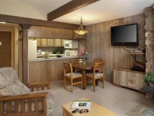 Lichenhearth, A Destination Residence