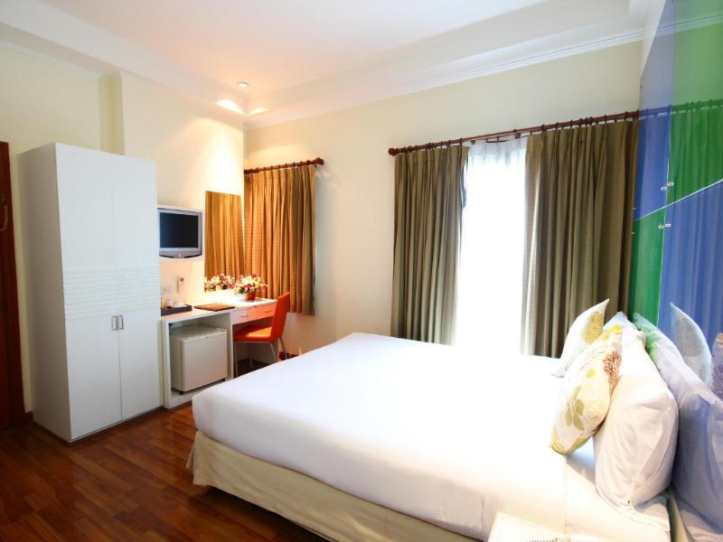 カリプゾ バンコック ホテル(http://www.agoda.com/ja-jp/calypzo-bangkok-hotel/hotel/bangkok-th.html)