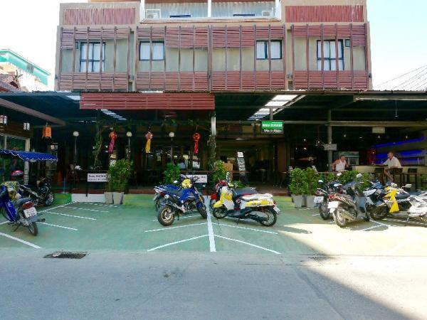 Basic Line Hotel at Loikroh Chiang Mai