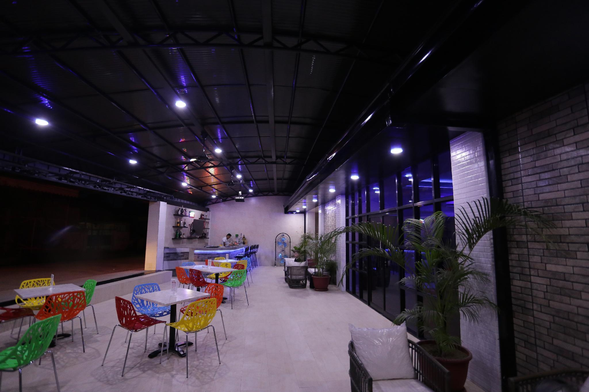 HALFWAY HOUSE HOSTEL - MACTAN CEBU AIRPORT - Hotels Information/Map/Reviews/Reservation