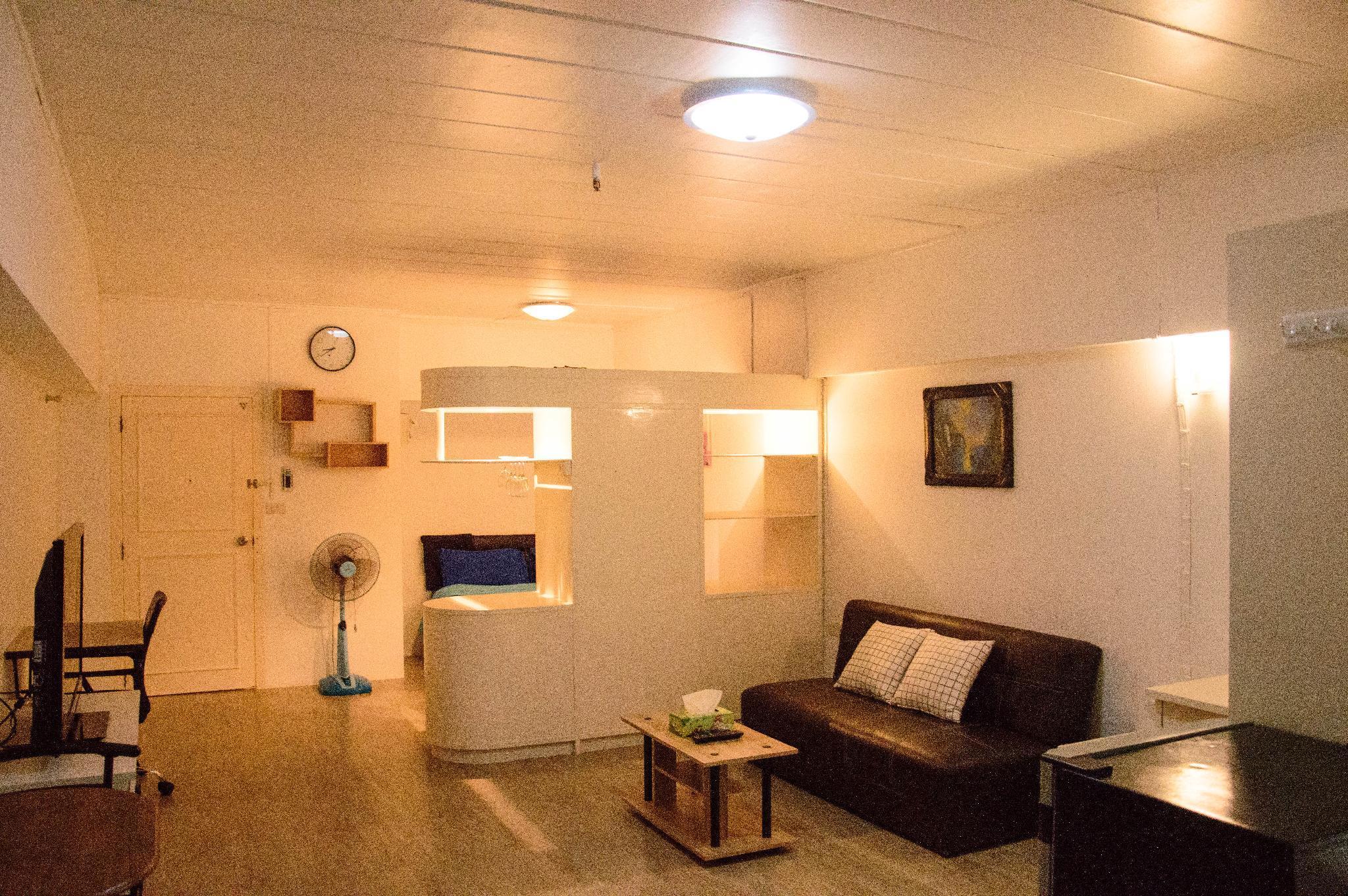 ,Moxy room Angket Pavilion