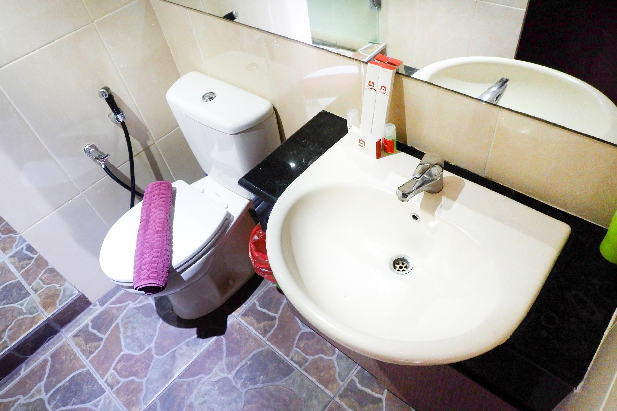 2br Best Western Apt Mangga Dua By Travelio Jakarta 3 Star Hotel Voucher Second Slide