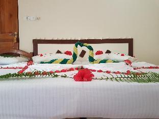 Fulidhoo La Perla Guest House PayPal Hotel Maldives Islands