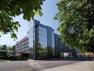 Meriton Grand Tallinn Hotel Tallina - Viesnīcas ārpuse