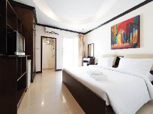 セーフ ハウス ホステル パトン Safe House Hostel Patong