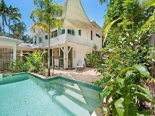 Reef Villa Port Douglas Holiday House