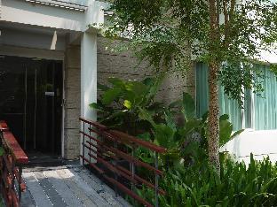 Baan Sanpluem Hua Hin Condo guestroom junior suite