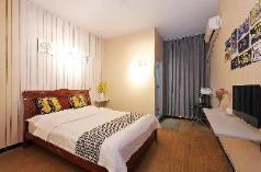 double room (24 hours free airport shuttle), Chengdu