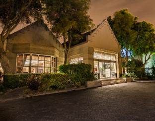 Get Promos City Lodge Hotel Pinelands Cape Town