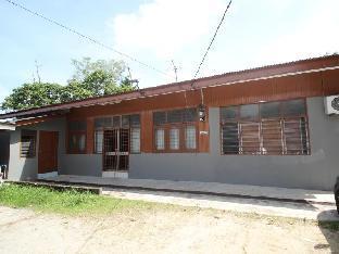 Lesa Guesthouse - Panji Alam