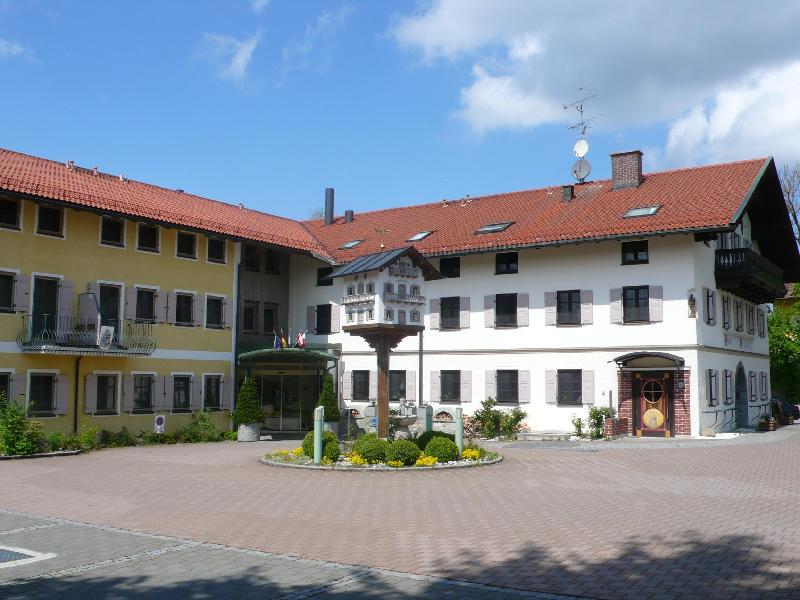 Hotel Neuwirt Sauerlach, Germany: Agoda.com