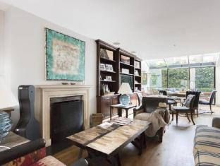 Notting Hill by onefinestay