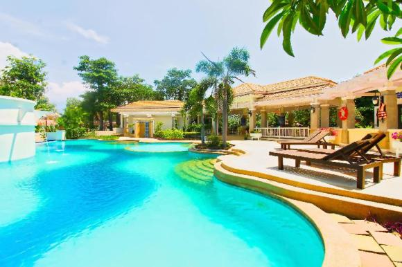 5 beds Villa with pool access close to Jomtien beach - 13641229