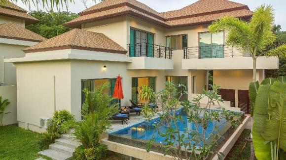 3 Bedrooms + 3 Bathrooms Villa in Rawai - 18632346