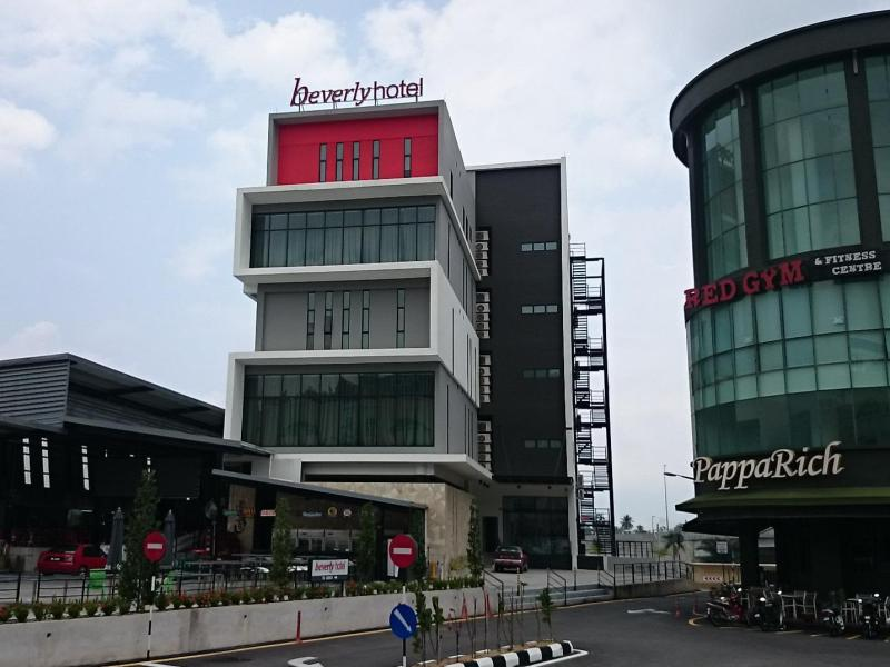 Beverly Hotel - 2 star located at Taiping