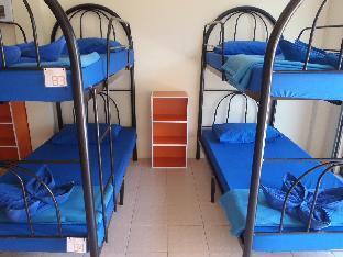 Asia Blue Bunk Up Hostel guestroom junior suite