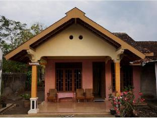 Orlinds Nyamplung Guest House