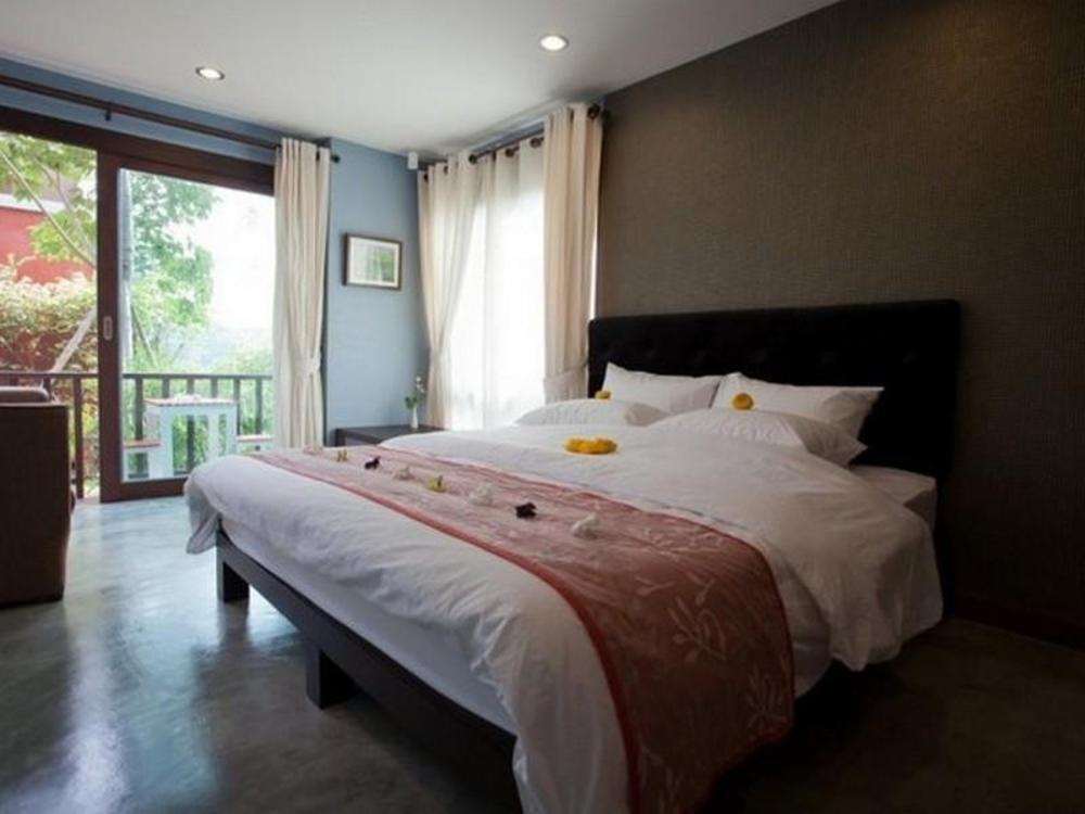 Varee Manust Resort