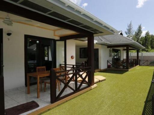 ➦     (Seychelles) customer rating